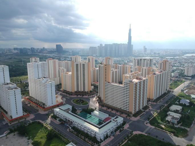 [Video Flycam] Hàng ngàn căn hộ tái định cư bỏ hoang ở TP HCM - Ảnh 2.