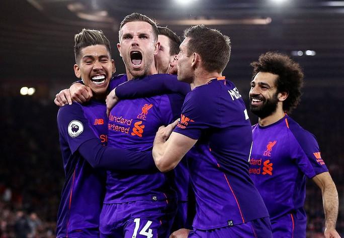 Vua Salah trở lại, Liverpool tăng tốc cuộc đua vô địch  - Ảnh 2.
