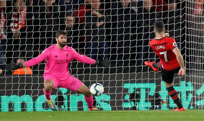 Vua Salah trở lại, Liverpool tăng tốc cuộc đua vô địch  - Ảnh 3.