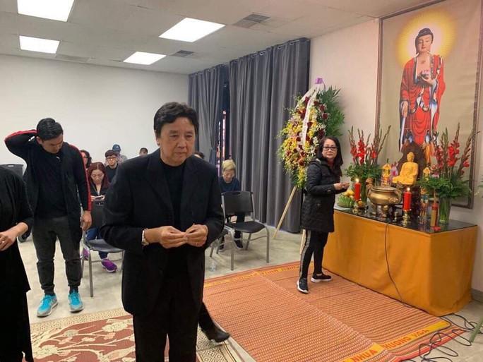 Xúc động tang lễ của nghệ sĩ Anh Vũ tại Mỹ - Ảnh 4.