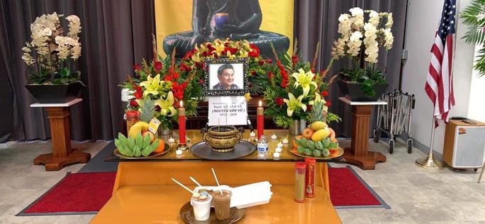 Xúc động tang lễ của nghệ sĩ Anh Vũ tại Mỹ - Ảnh 1.