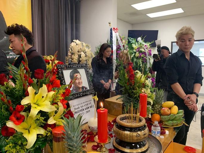 Xúc động tang lễ của nghệ sĩ Anh Vũ tại Mỹ - Ảnh 3.