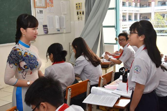 Phụ huynh tín nhiệm, giáo viên mới đạt dạy giỏi - Ảnh 1.
