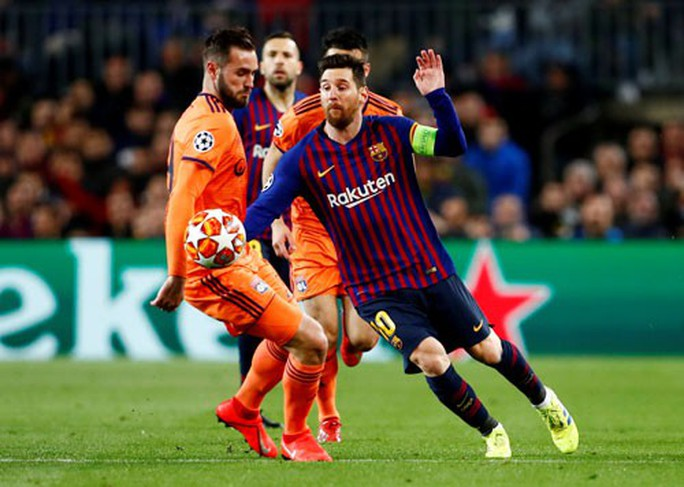 Cô lập Messi, M.U mới hạ được Barca - Ảnh 2.