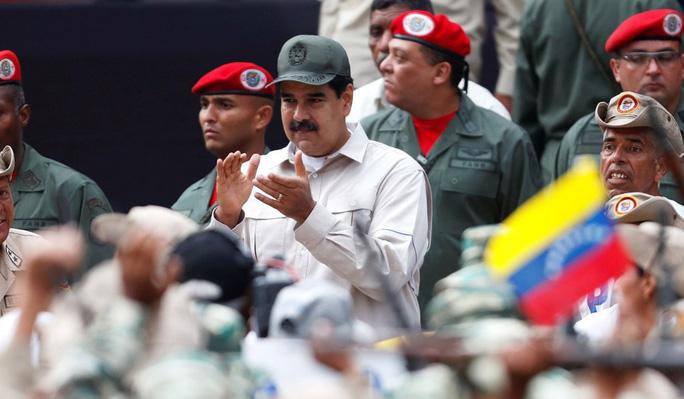 Mỹ: Nga thuyết phục ông Maduro ở lại Venezuela giữa lúc đảo chính - Ảnh 1.