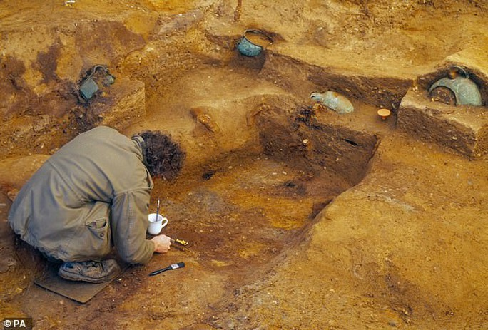 Bí ẩn mộ hoàng tử vô hình trước kẻ trộm suốt 1.400 năm - Ảnh 2.