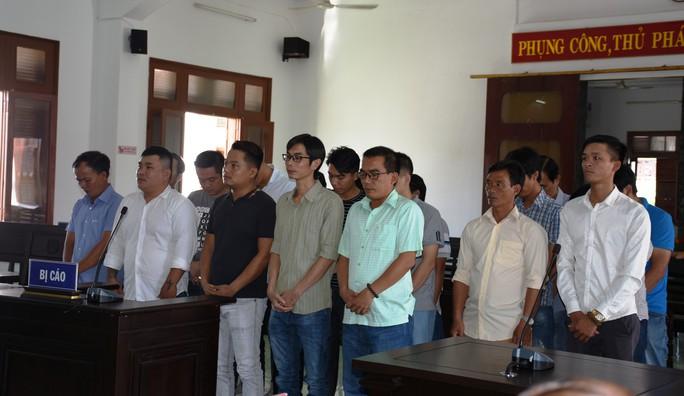 Phú Yên: Xét xử vụ đánh bạc qua mạng lớn nhất từ trước đến nay - Ảnh 1.