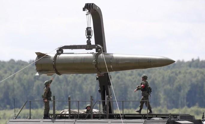 Dấu ấn Nga trong các tên lửa mới phóng của Triều Tiên - Ảnh 4.
