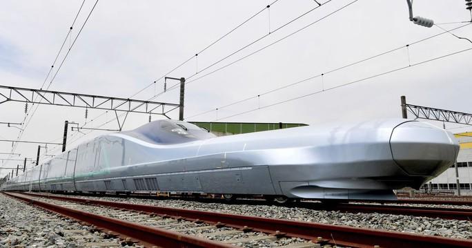 Nhật Bản chạy thử tàu cao tốc nhanh nhất thế giới 400 km/giờ - Ảnh 2.