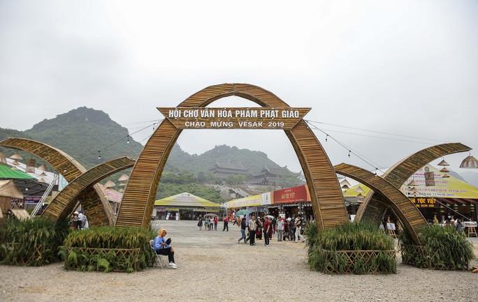 Cận cảnh Chùa Tam Chúc sẵn sàng cho đại lễ Phật đản Vesak 2019 - Ảnh 9.