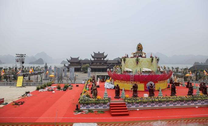 Cận cảnh Chùa Tam Chúc sẵn sàng cho đại lễ Phật đản Vesak 2019 - Ảnh 13.