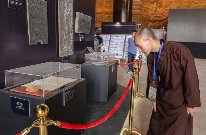 Cận cảnh Chùa Tam Chúc sẵn sàng cho đại lễ Phật đản Vesak 2019 - Ảnh 17.