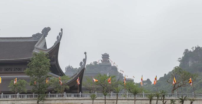 Cận cảnh Chùa Tam Chúc sẵn sàng cho đại lễ Phật đản Vesak 2019 - Ảnh 21.
