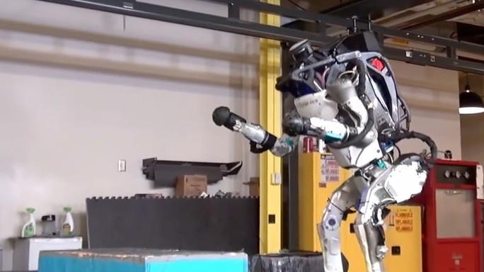 Hàn Quốc sẽ đưa robot có khả năng tiêu diệt kẻ thù vào quân đội - Ảnh 1.