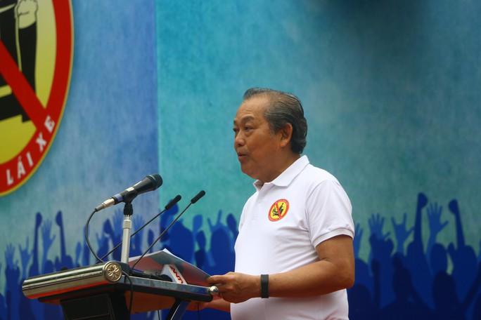 Phó Thủ tướng cùng hơn 8 ngàn người đi bộ kêu gọi Đã uống rượu bia - Không lái xe - Ảnh 3.