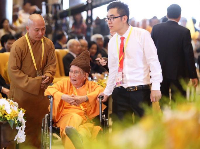 Thủ tướng: Suy nghiệm lời Phật dạy để kiến tạo xã hội tốt đẹp hơn - Ảnh 13.