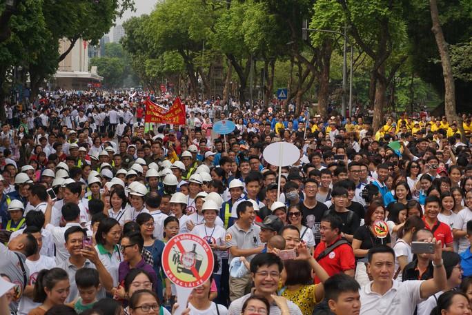 Phó Thủ tướng cùng hơn 8 ngàn người đi bộ kêu gọi Đã uống rượu bia - Không lái xe - Ảnh 7.