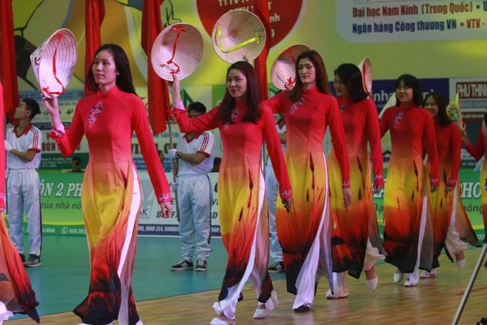 VTV Bình Điền Long An đánh bại Đại học Nam Kinh (Trung Quốc) - Ảnh 3.