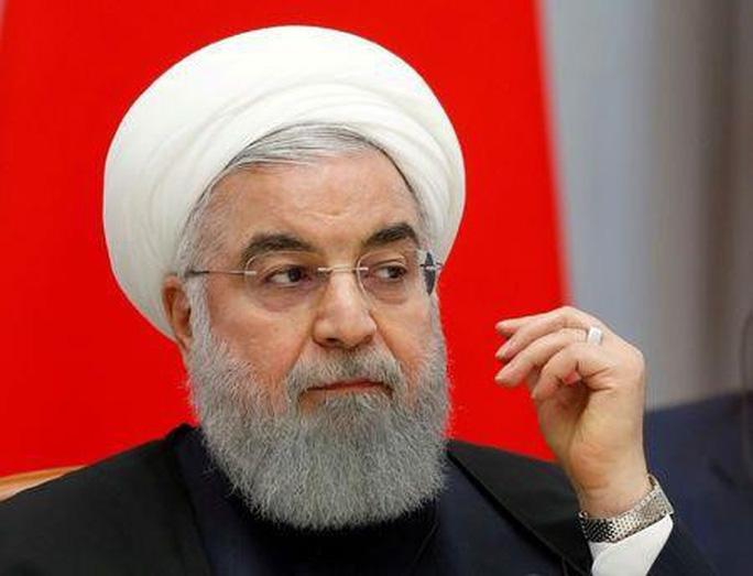 """Iran: Một quả tên lửa cũng khiến đội tàu Mỹ """"banh xác"""" - Ảnh 2."""
