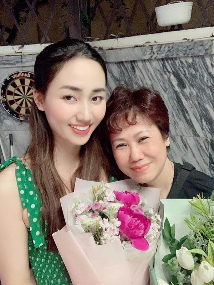 Sao Việt tràn cảm xúc trong Ngày của mẹ - Ảnh 3.
