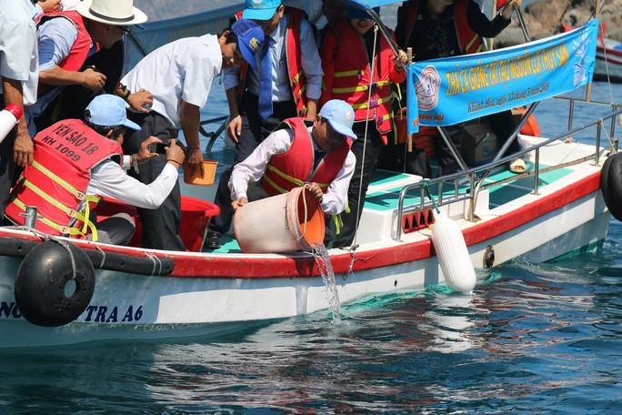 Đậm đà văn hóa biển đảo ở Nha Trang - Ảnh 4.