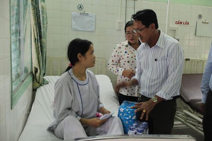 Phẫu thuật tim miễn phí cho công nhân và con công nhân - Ảnh 1.