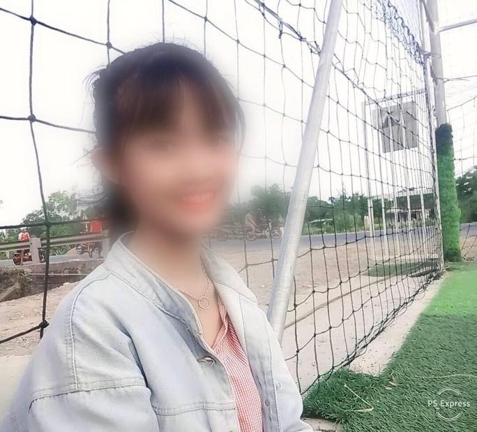 Thêm nữ sinh tố bị nhóm nữ sinh lớp 10 đánh để lấy số - Ảnh 1.