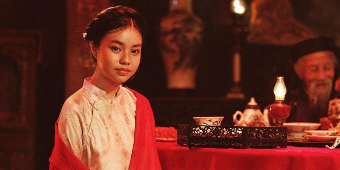 Tranh cãi dữ dội việc diễn viên 13 tuổi đóng cảnh nóng - Ảnh 4.
