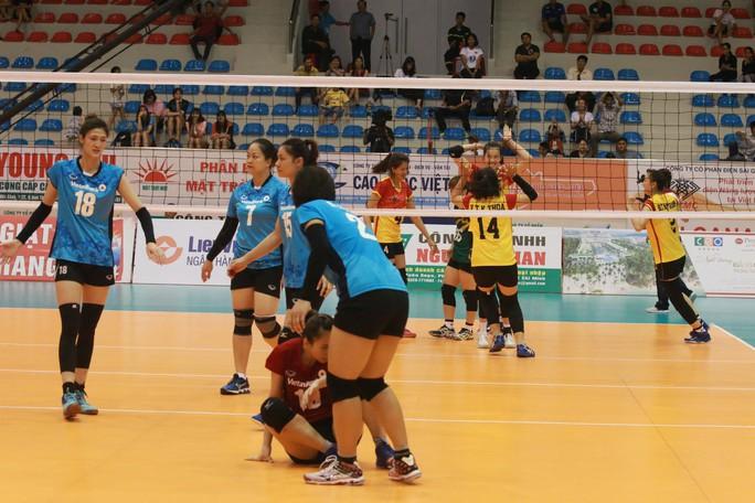 Rượt đuổi thót tim, VTV Bình Điền Long An đoạt vé bán kết - Ảnh 7.