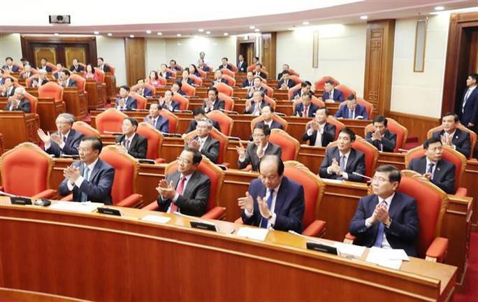 Cận cảnh khai mạc Hội nghị Trung ương 10 - Ảnh 15.