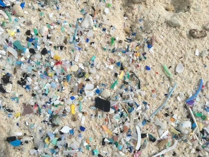 414 triệu mảnh rác thải nhựa ở nơi đảo xa - Ảnh 1.