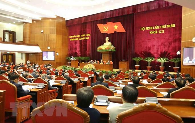 Những hình ảnh phiên bế mạc Hội nghị Trung ương 10 - Ảnh 1.