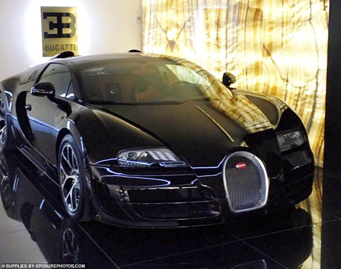 Ronaldo phóng tay tậu xe sang Bugatti La Voiture Noire 300 tỉ đồng - Ảnh 3.