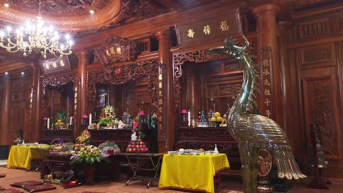 Choáng ngợp trước lâu đài ngàn tỉ đồng của đại gia Ninh Bình - Ảnh 4.