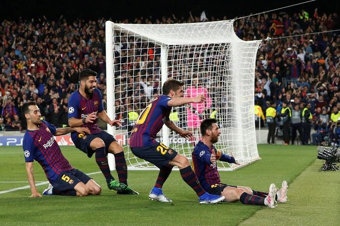 Messi ghi bàn thắng thứ 600, Liverpool thua thảm Barcelona - Ảnh 2.