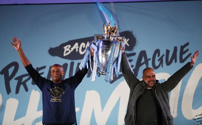 Man City tung 100 triệu bảng để trói HLV Guardiola thêm 5 năm - Ảnh 2.