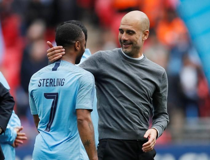 Man City tung 100 triệu bảng để trói HLV Guardiola thêm 5 năm - Ảnh 1.