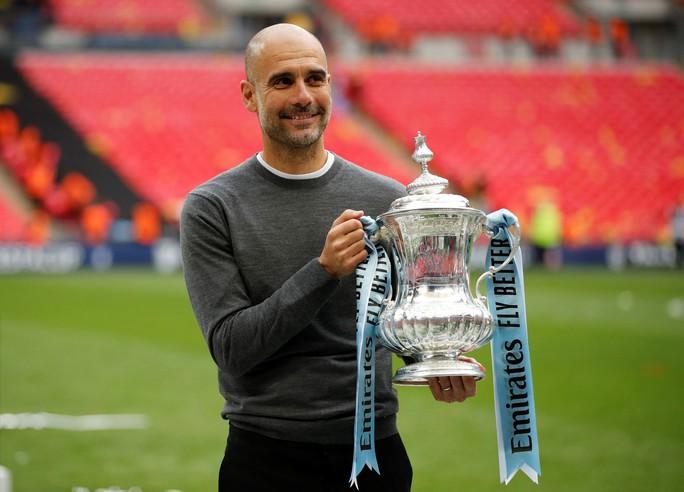 Man City tung 100 triệu bảng để trói HLV Guardiola thêm 5 năm - Ảnh 3.