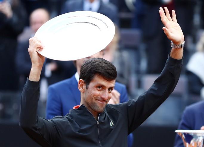 Chiêm ngưỡng những siêu phẩm để đời của Djokovic - Ảnh 1.
