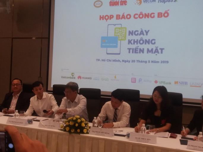 """Lần đầu tiên Việt Nam có """"Ngày không tiền mặt"""" - Ảnh 1."""