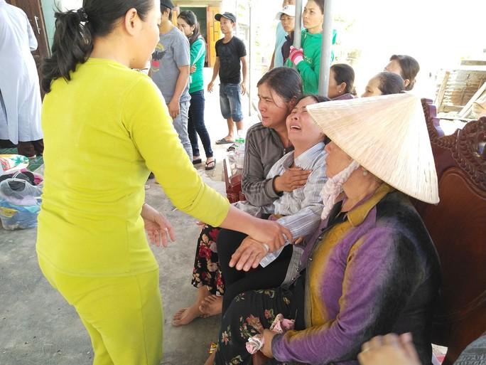 Ngày tang tóc ở Ninh Sim - Ảnh 1.