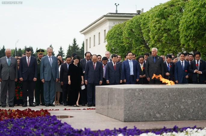 Lễ đón chính thức Thủ tướng Nguyễn Xuân Phúc tại thủ đô Moscow - Ảnh 5.