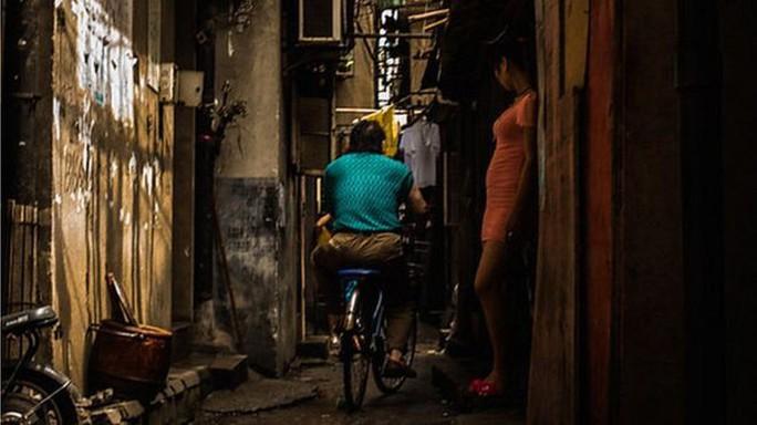 Đường dây tội phạm bắt phụ nữ Triều Tiên làm nô lệ tình dục ở Trung Quốc - Ảnh 1.