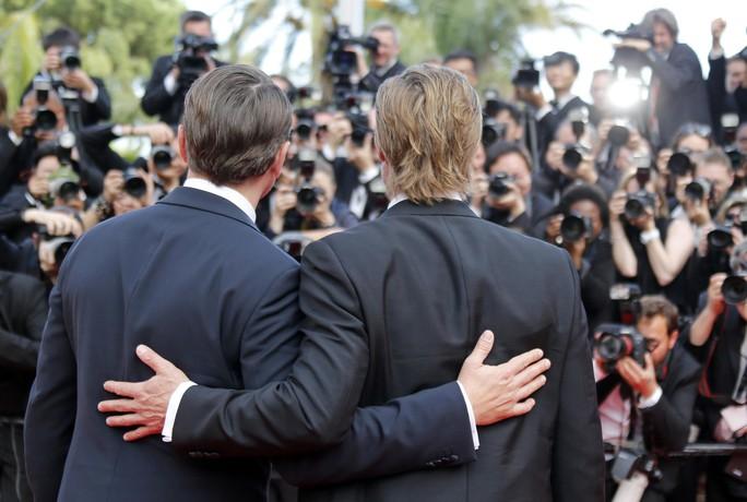 Leonardo DiCaprio, Brad Pitt lịch lãm trên thảm đỏ - Ảnh 12.