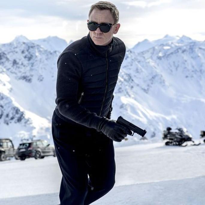 """""""Điệp viên 007"""" Daniel Craig bị thương trên trường quay - Ảnh 2."""