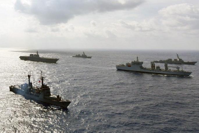 Không chỉ thương mại, Mỹ-Trung vẫn đối đầu gay gắt ở biển Đông - Ảnh 1.