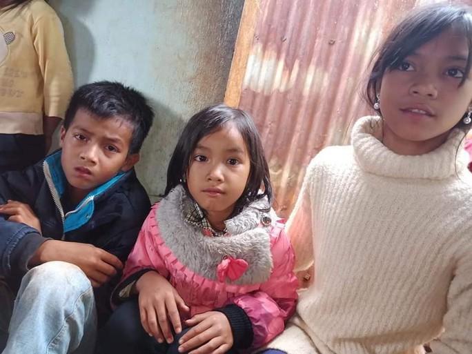 Hai vợ chồng trẻ bị sét đánh tử vong, 3 con nhỏ bơ vơ - Ảnh 2.