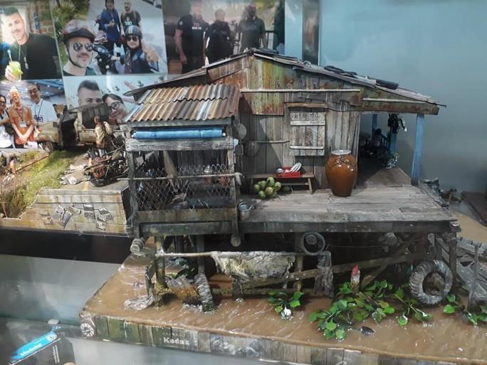 Nhà nổi trên sông Việt Nam làm người Nhật xao xuyến - Ảnh 4.