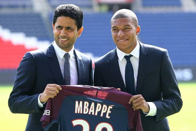 Ông trùm PSG dính nghi án hối lộ, bóng đá Pháp rối beng - Ảnh 3.