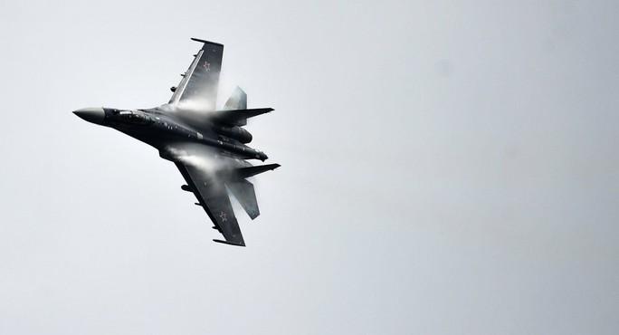 20 máy bay nước ngoài do thám gần không phận Nga - Ảnh 1.